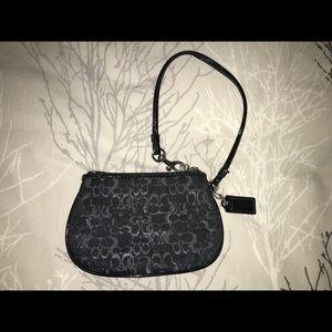 ✨COACH✨ Black With Silver Detail Wristlet